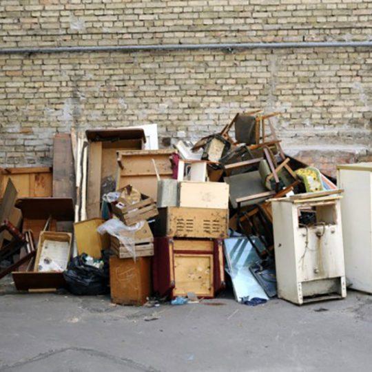 https://www.komanda24.lv/wp-content/uploads/2018/01/sadzīves-atkritumos-nomaini-vienu-no-esošajām-bildēm-540x540.jpg