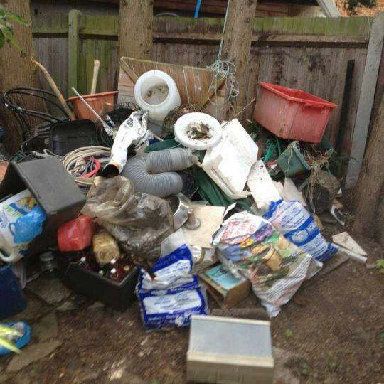 https://www.komanda24.lv/wp-content/uploads/2018/01/sadzīves-atkritumu-izvešana-2-540x540.jpg